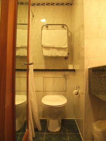 イギリスのホテルにフェイスタオルはない