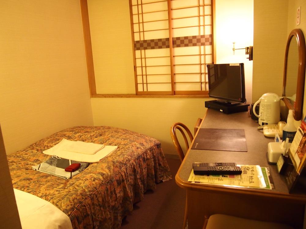 甲府湯村温泉 湯村ホテルB&Bに宿泊してみた