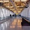 空港の保安検査場でiPadはトレーに出そう